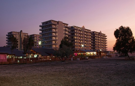 Phoenicia Holiday Resort, cazare la mare